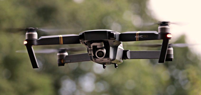 Multicopter kracht in Münchener Olympiaturm: Warum eine Drohnen Luftfahrt Haftpflicht unerlässlich ist